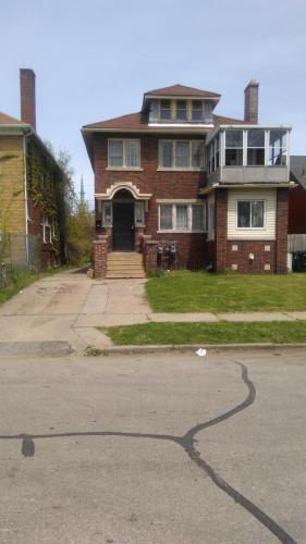 662 W Hollywood #DOWNSTAIRS Photo 1