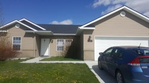 1567 Vista Drive Photo 1