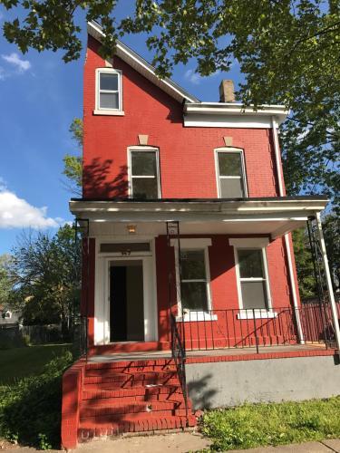 349 Walnut Avenue #1 Photo 1