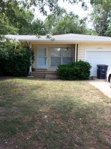 1502 Chickasaw Drive Photo 1