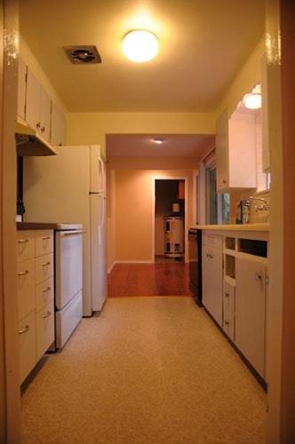 15016 SE 43rd Place Photo 1