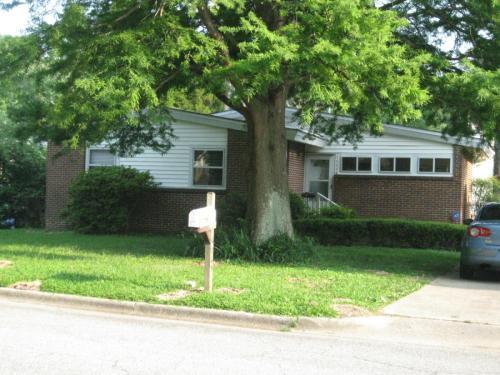 4765 Maryland Avenue Photo 1