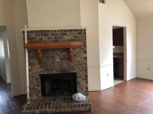 16242 Crepemyrtle Drive Photo 1