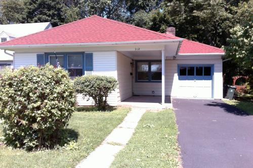 212 Edge Hill Rd Photo 1