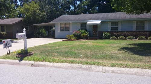105 Marilyn Dr Photo 1