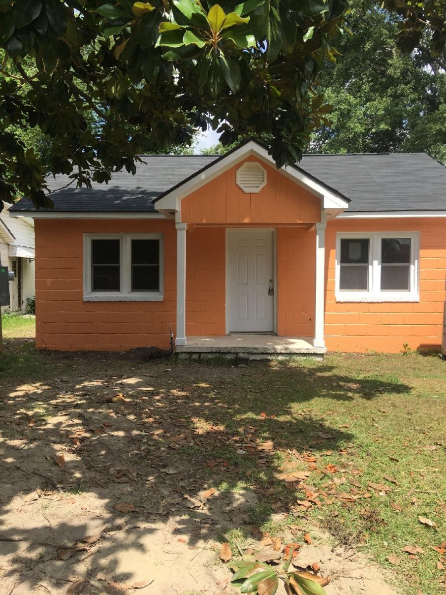 834 E Orange Street, Fayetteville, NC 28301   HotPads