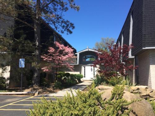 6751 Ridge Plaza Drive Photo 1