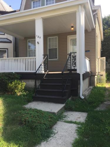 185 Baldwin Street #HOUSE Photo 1