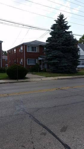 7211 Plainfield Road #STUDIO  5 Photo 1