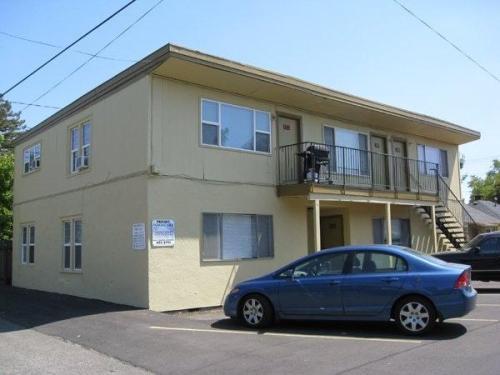 636 E 16th Alley Photo 1