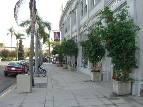 1148 Orange Avenue Photo 1