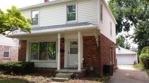 415 Hillcrest Avenue Photo 1