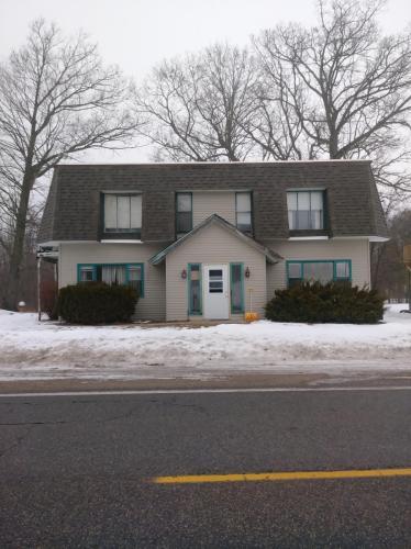 5118 W Stanton Road #A Photo 1