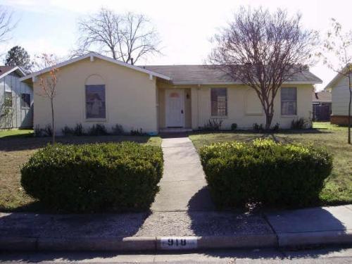 918 Meadow Mead Drive #SINGLE HOUSE Photo 1