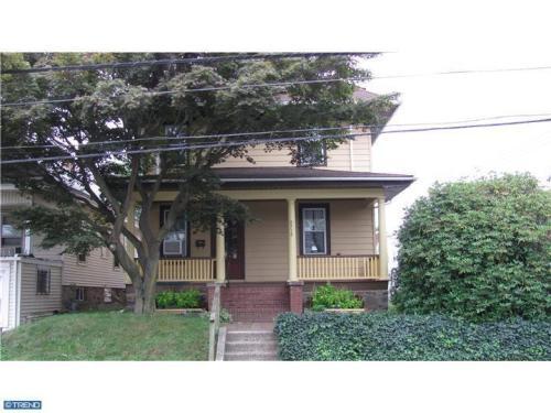 2710 Edgmont Avenue Photo 1