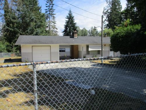 30624 3rd Ave Photo 1