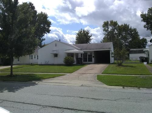 687 Bell Ave Photo 1