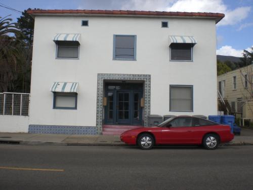 1626 Osos Street Photo 1