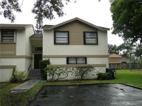 11838 SW 92nd Ter Photo 1
