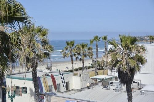 4465 Ocean Boulevard Photo 1