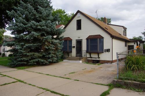 239 Park Street W #1 Photo 1