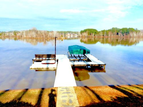 1011 Lakeshore Dr #A Photo 1