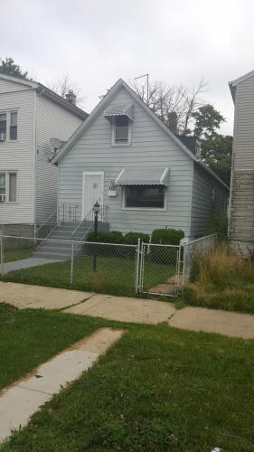 10623 S Perry Avenue Photo 1