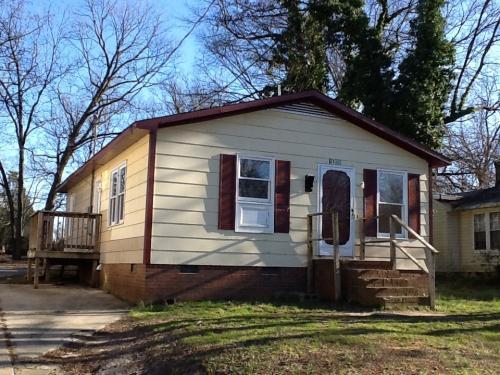 1509 Highland Avenue Photo 1