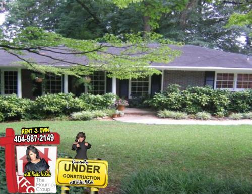 1230 Valerie Woods Dr Photo 1