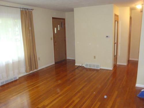 513 Green Court Photo 1