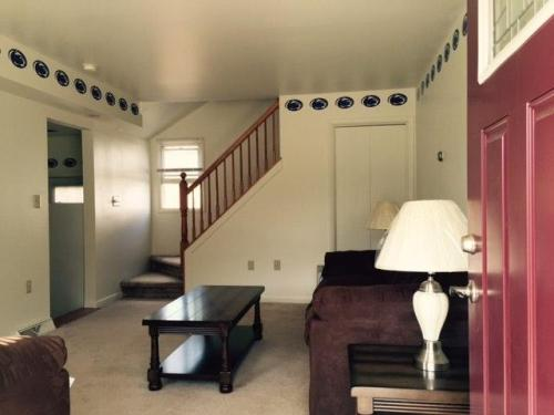 101 N 6th Avenue #ROOMS FOR RENT Photo 1