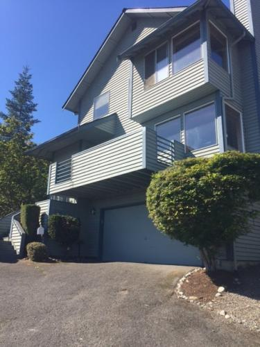 8146 6th Ave SW Photo 1