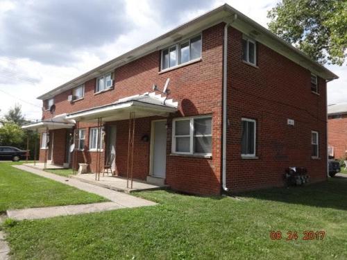 5821 Arborwood Drive #B Photo 1