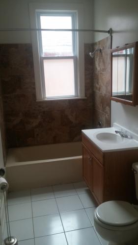 841 Lathrop Ave #1 Photo 1