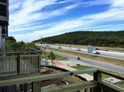 222 S Slopeside Drive Photo 1