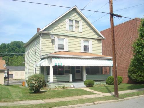 625 Ferndale Ave Photo 1