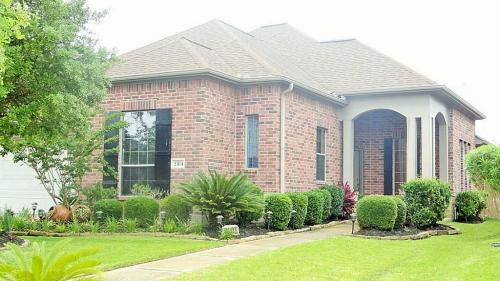 23131 Tranquil Springs Ln Photo 1