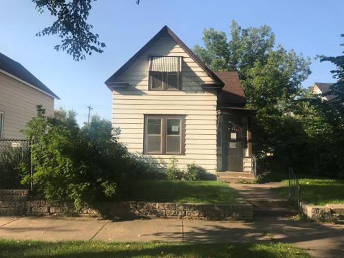 731 Van Buren Ave Photo 1