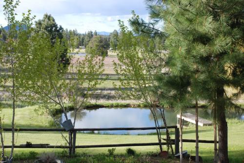 60400 Woodside Rd Photo 1