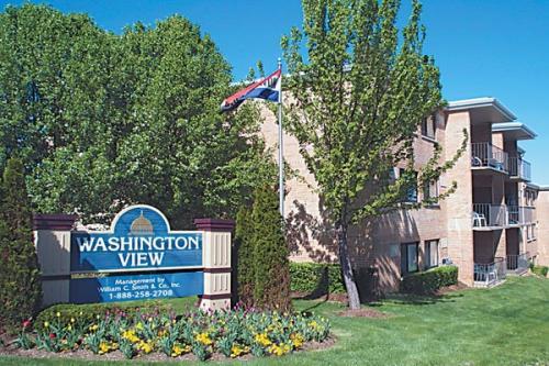 2645 Douglass Rd SE Photo 1