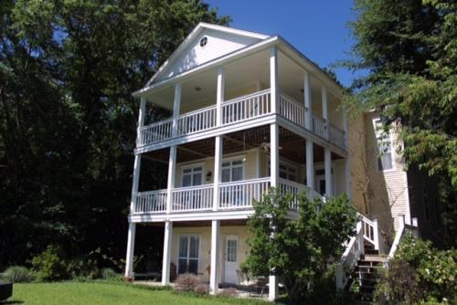 678 Point Harbor Dr #HOUSE Photo 1
