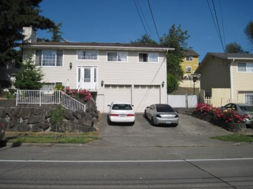 6708 16th Ave SW Photo 1