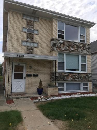 5653 W Windsor Ave #2 Photo 1