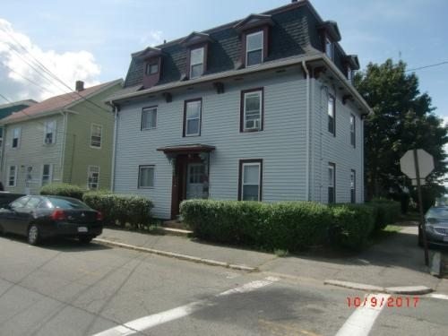 30 Wellman St Photo 1