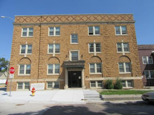 324 W Koenig Street #16 Photo 1