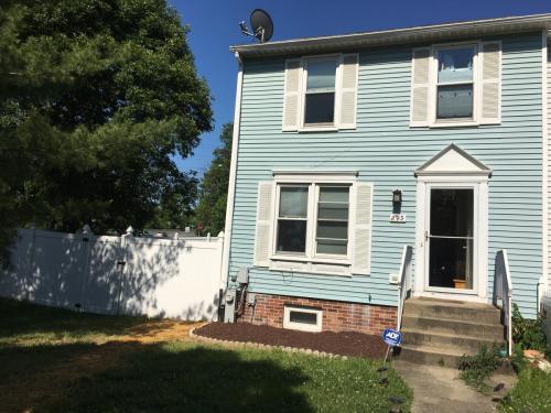 893 Talbott Ave Photo 1