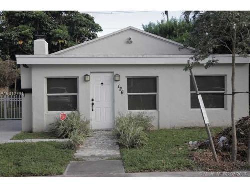 126 Florida Ave Photo 1