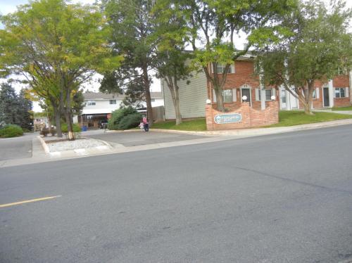 14037 E Jewell Avenue Photo 1