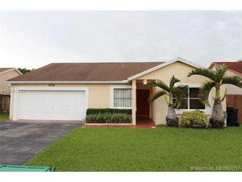 13318 SW 114th Ct Photo 1