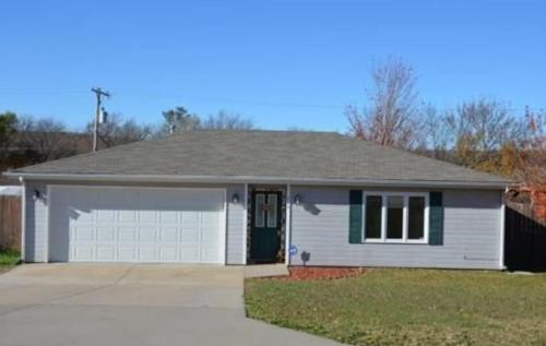 416 Clydesdale Circle Photo 1